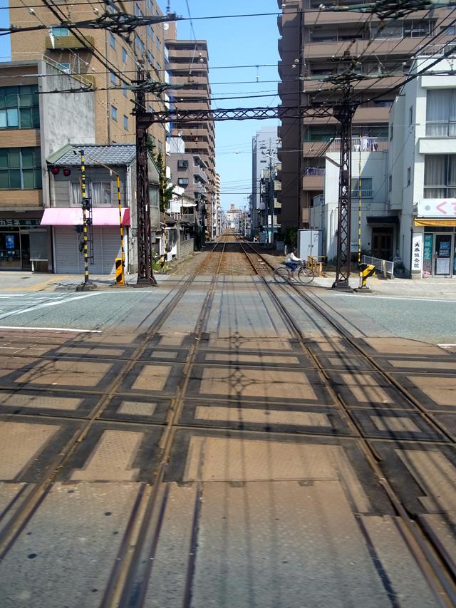 松山は路面電車が発達している。バスと組み合わせて、効率的な移動が可能なのだけれど、遠方の旅人はどうやって知ることが出来るんだろうな。